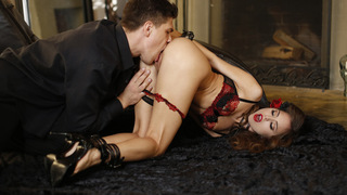 Horny Riley Reid gives her man a leash and bondage gear to use in their fuckfest as he goes to town on her juicy pussy