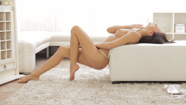 Sexy In White Gets Orgasmic Pleasure