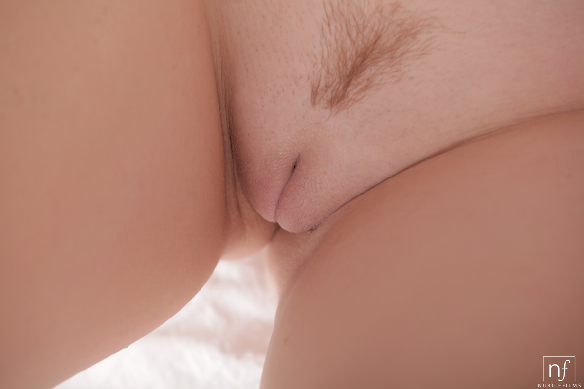 Fuck a good girlfriend in her hairy weaver
