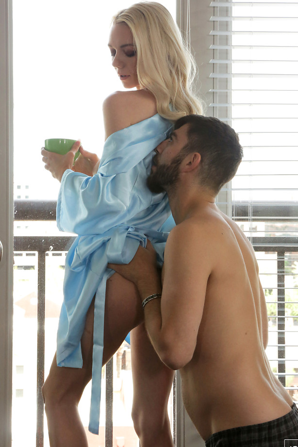 Nubile Films - Drink You In - S28:E18