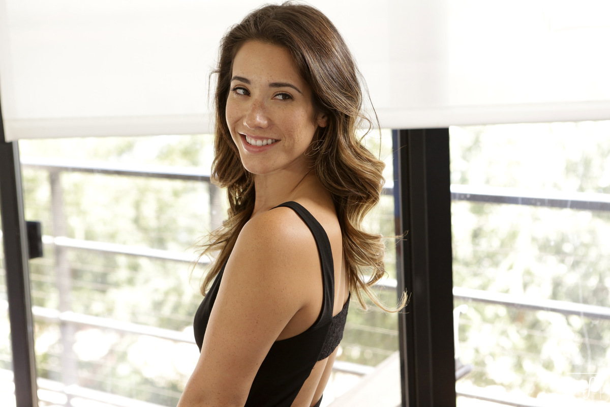 NubileFilms.com - Bambino,Eva Lovia: Little Black Dress - S26:E12