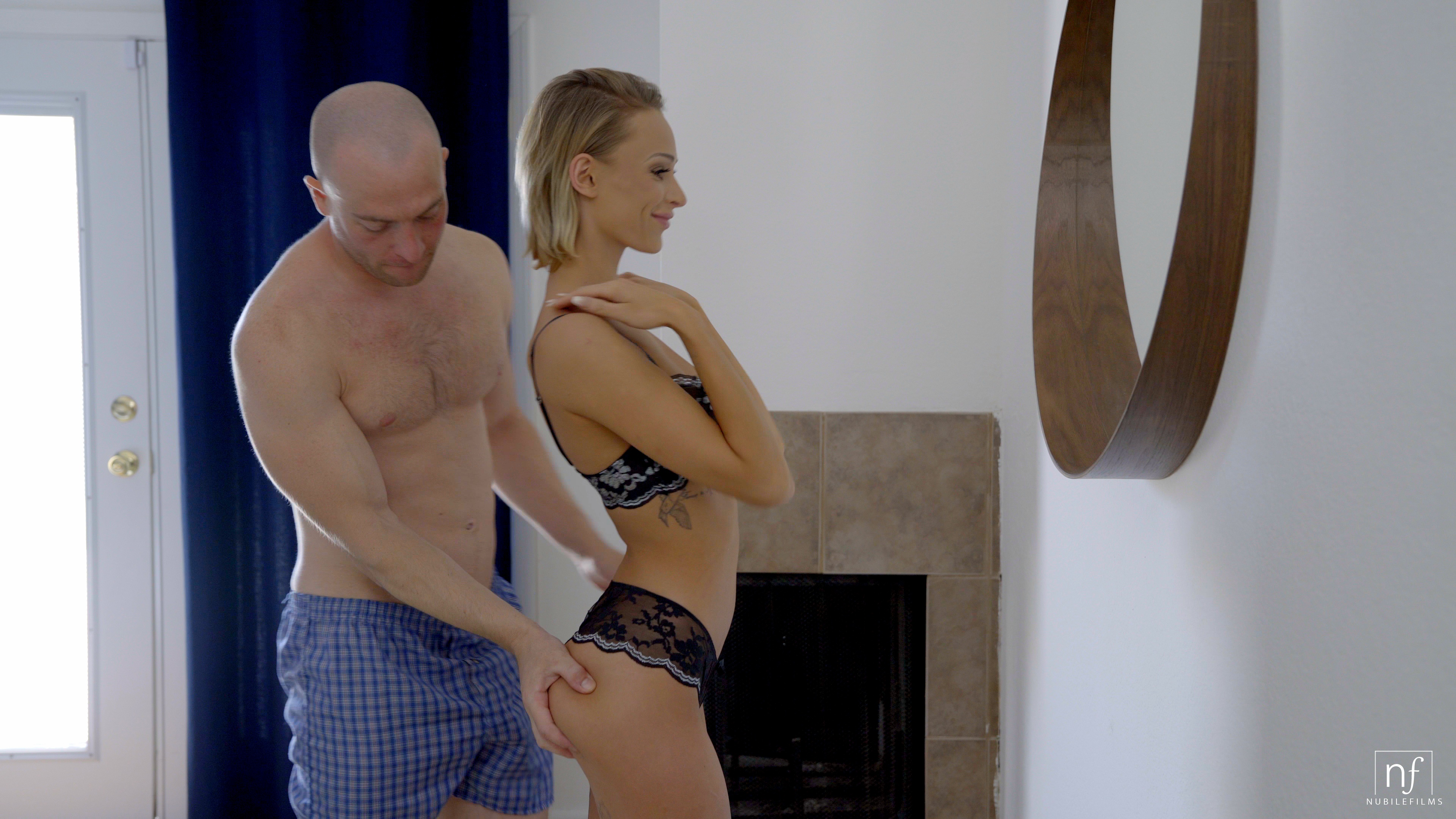 NubileFilms.com - Emma Hix,Zac Wild: Cum Before You Go - S32:E14