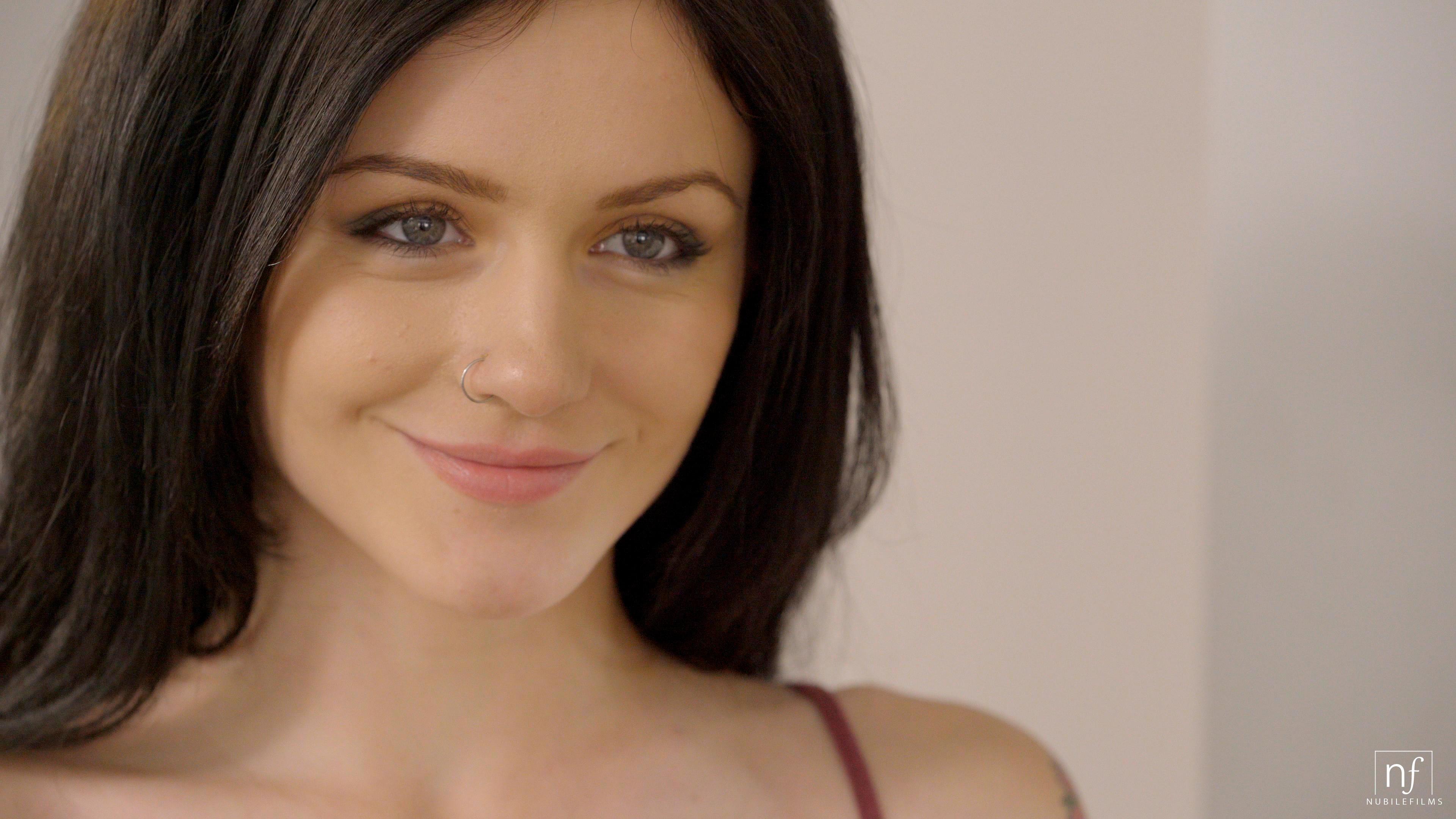 NubileFilms.com - Jake Adams,Rosalyn Sphinx: Give In To Me - S31:E30