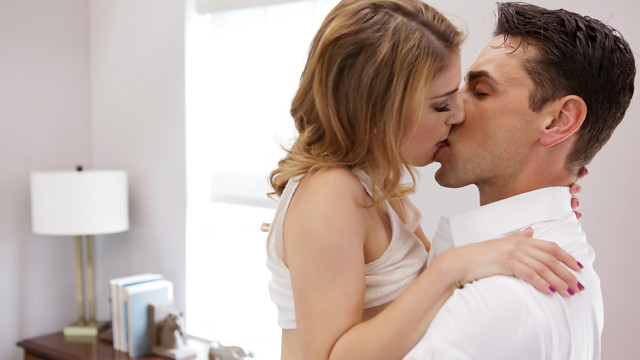 Romancing The Pussy – Kristen Scott,Ryan Driller