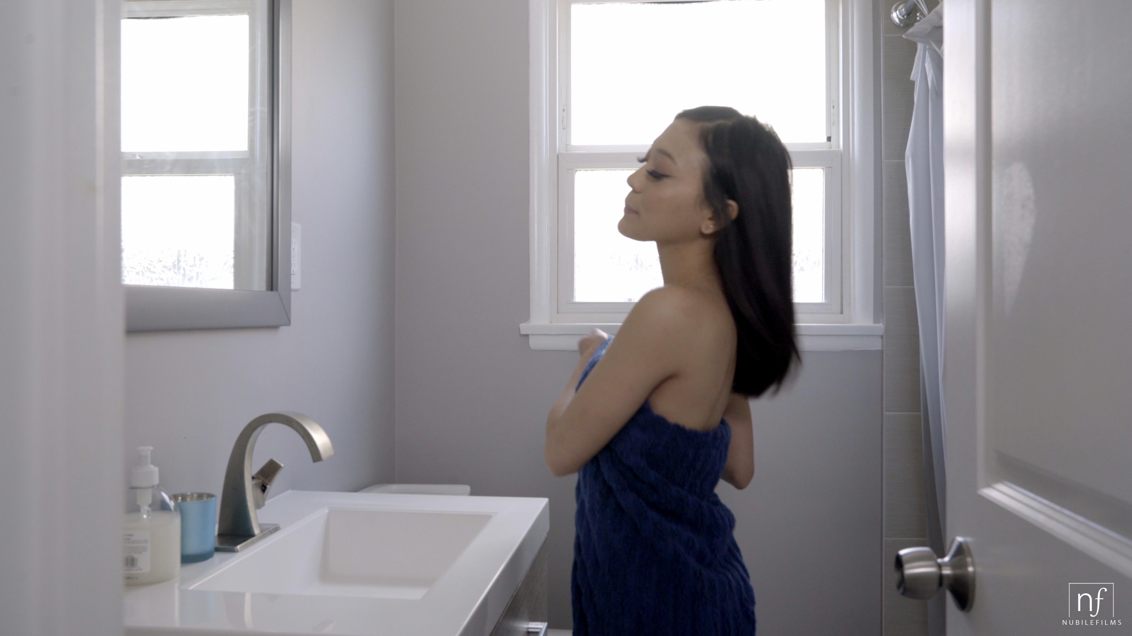 NubileFilms.com - Jasmine Grey,Lucas Frost: Secrets We Keep - S31:E21