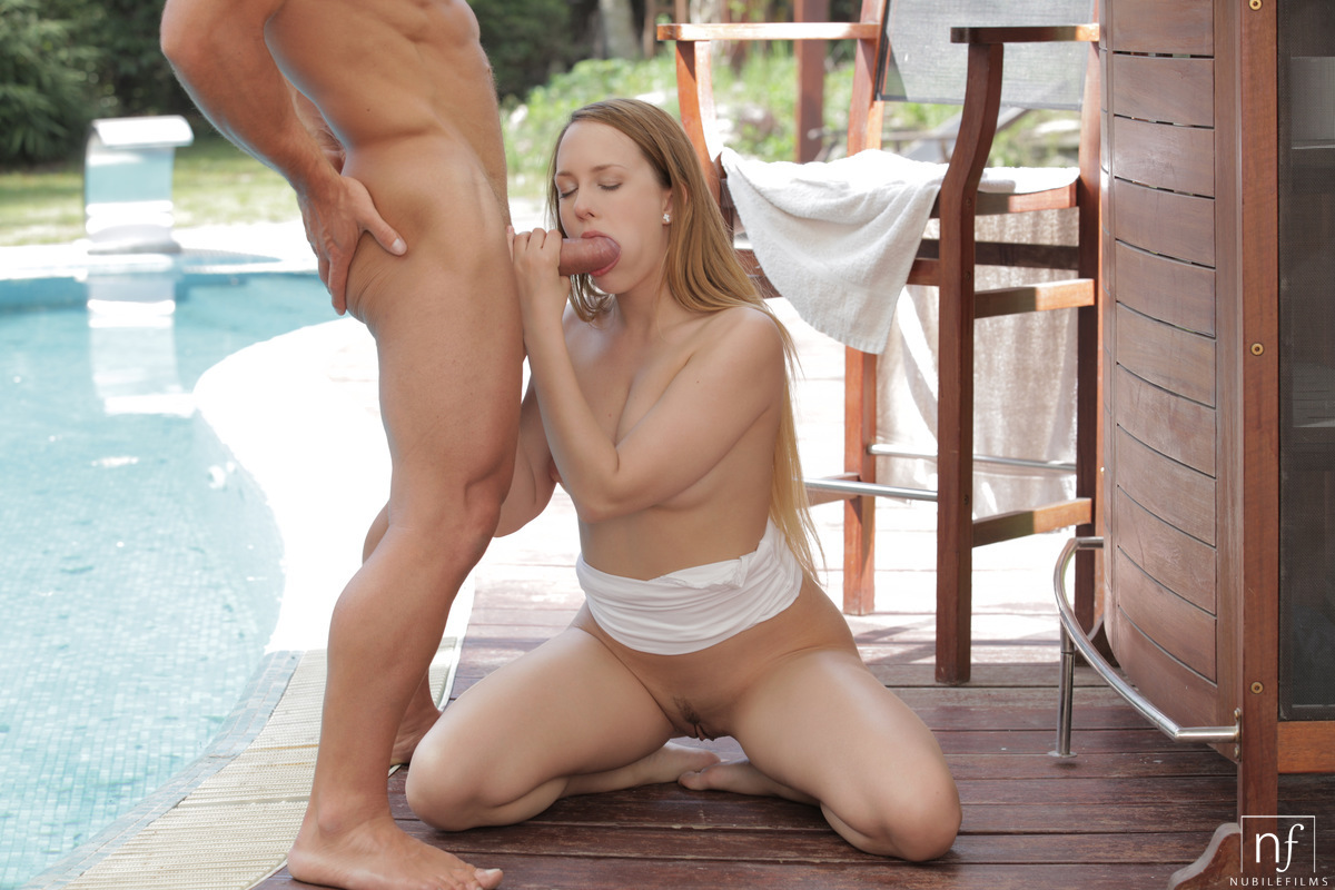 Short pale girl gets fucked
