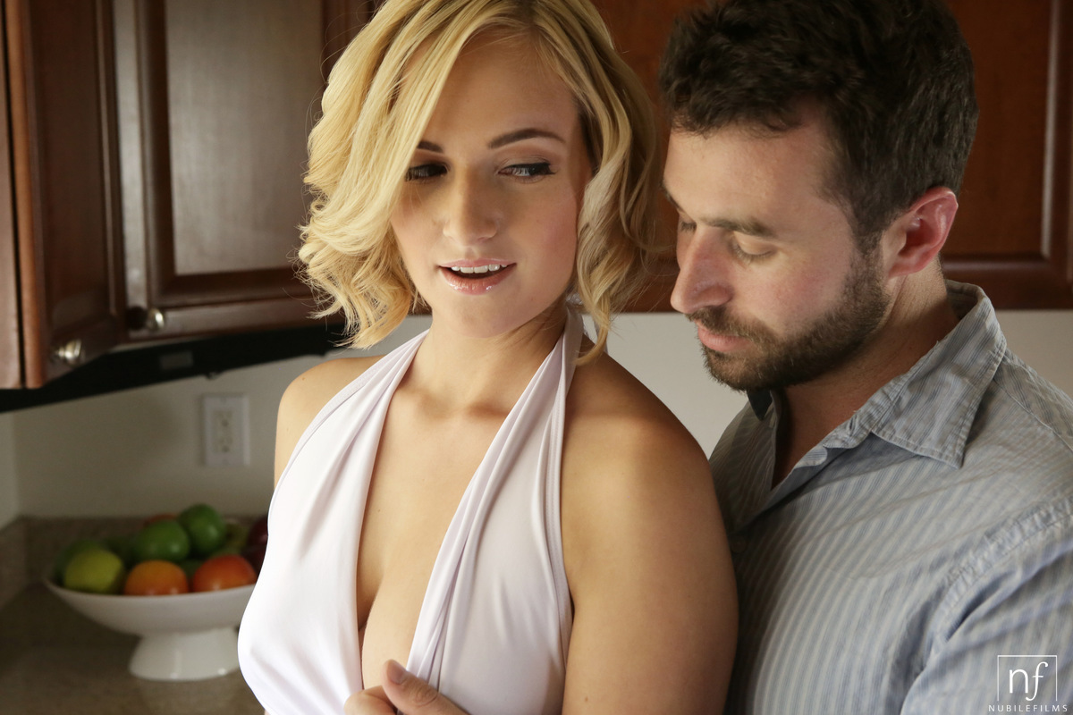 Nubile Films - Sweet Nothings - S21:E7 featuring Kate
