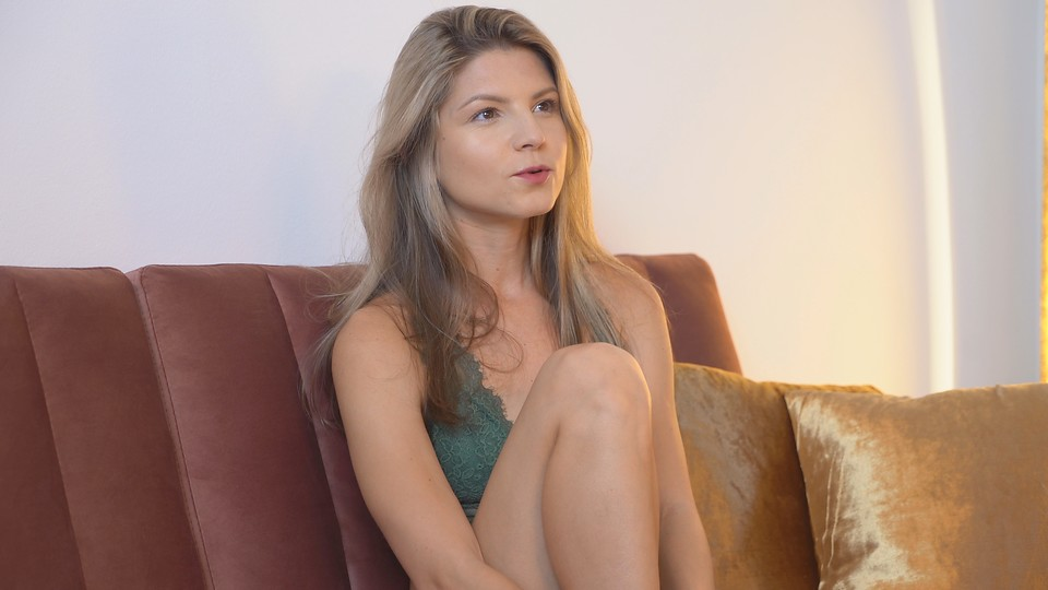 In the 2020 December Fantasy interview Gina Gerson describes her sex life and tells us about her perfect fantasy scene