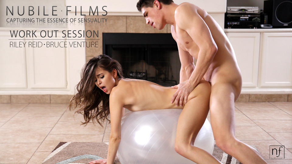 Stunning Riley Reid uses her whole stunning body to deliver a big blowjob and lapdance and then a raunchy hot fuckfest